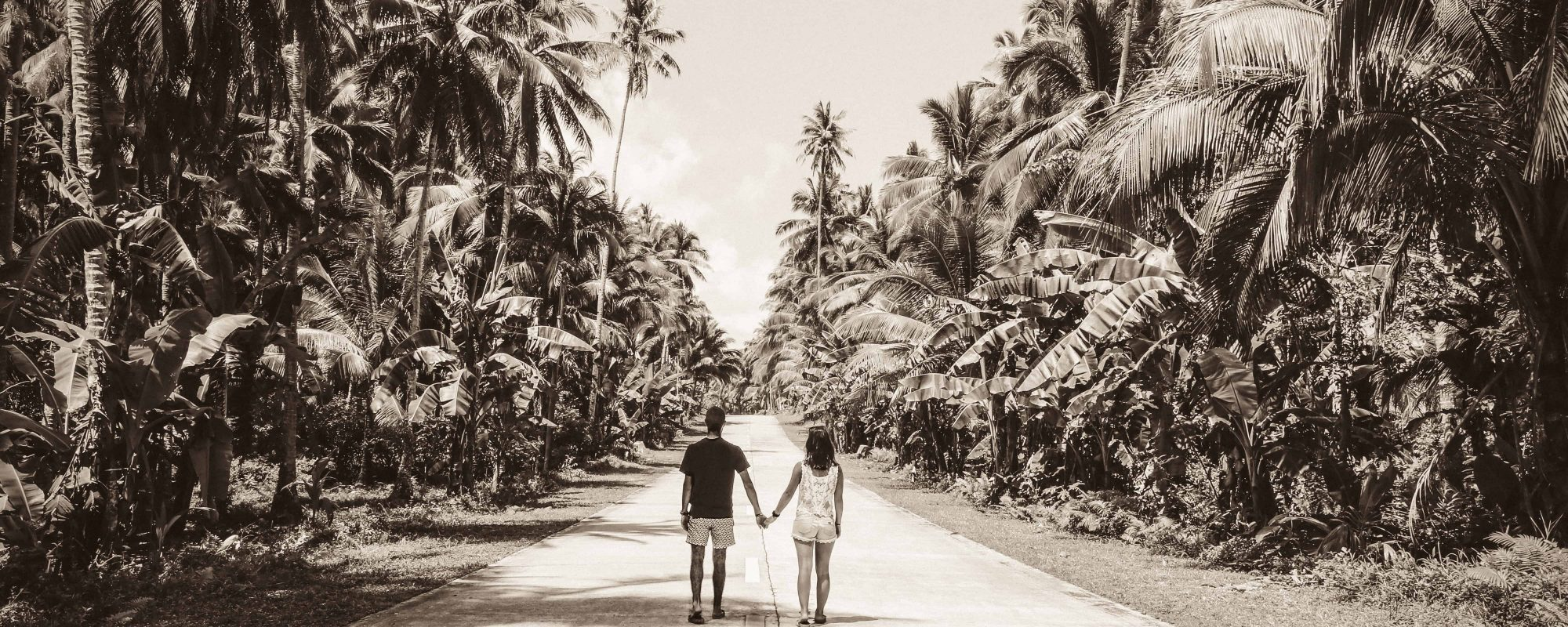 Siargao_Philippines_Two globetrotters VINTAGE